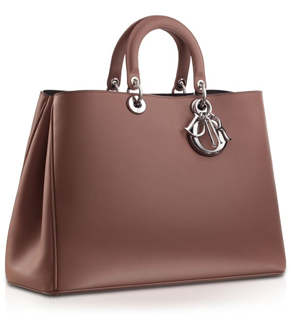 The Diorissimo leather tote in pétale