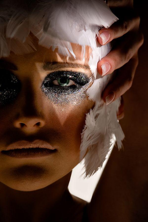 glitter & feathers