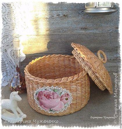 Ну и еще одна шкатулка, розы с кружевом = нежность. Нежнятина, как дочка говорит:)  фото 2