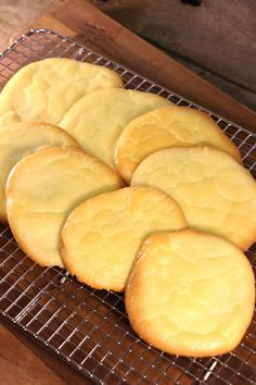 No-Carb Cloud Bread is not only an easy low carb recipe, but it's also gluten-free! It's definitely one of the best homemade bread recipes.