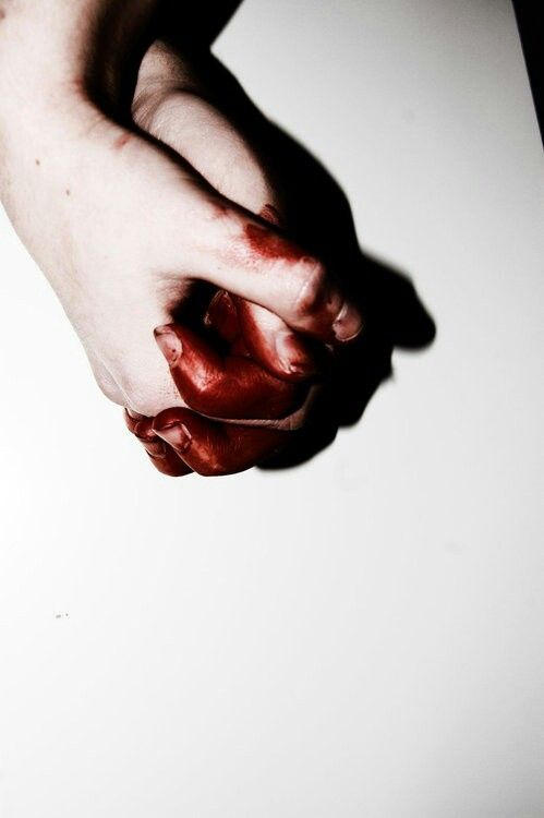 bloody hand holding - photo #5