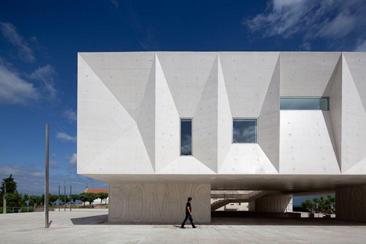 Gallery of Palacio de Justica de Gouveia / Barbosa & Guimaraes Architects - 35