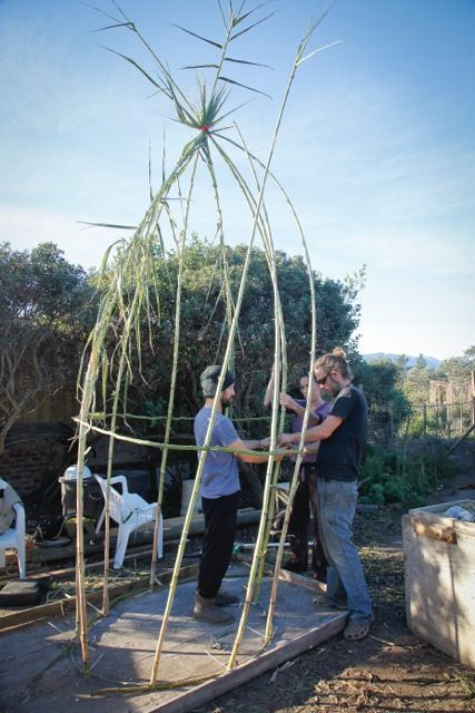Testing materials and techniques: Andrea Cristoforetti, Anja Wiehl, and Das Lyon perform crafting and construction prototype tests for the Plett Bird Hide Land Art Project. Photo: Das Lyon.