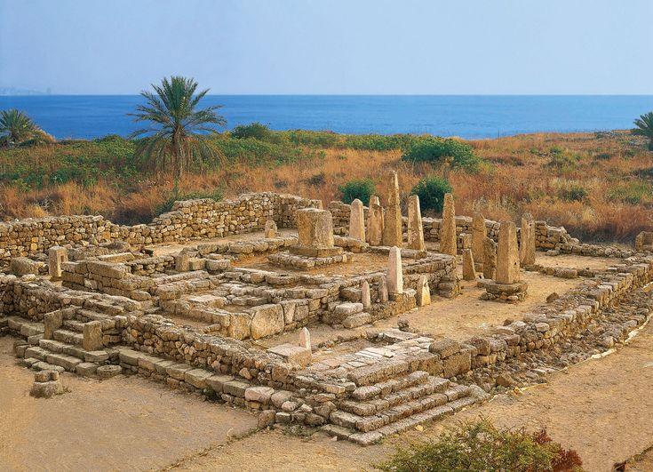 Biblos, El templo de los obeliscos.