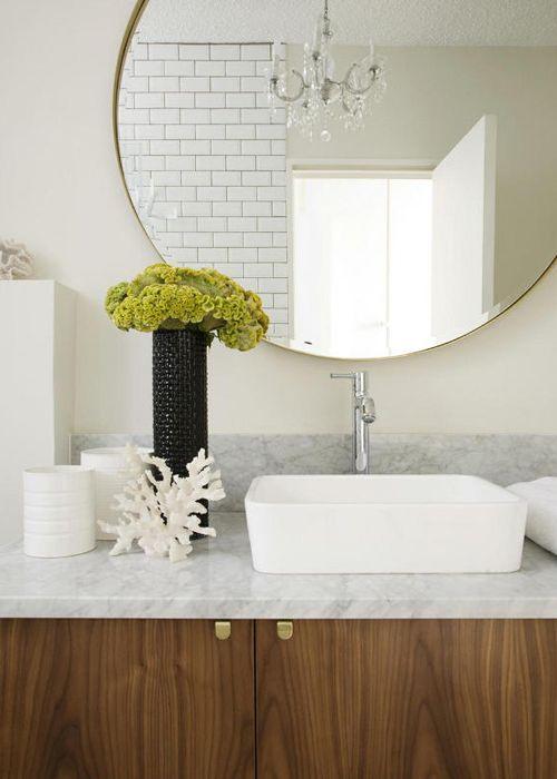 ChicDecó: Bellos baños en mármol blancoBeautiful white marble bathrooms