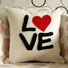 Resultado de imagen para almohadas decoradas para san valentin