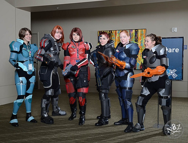 Femsheps (including @arch4ngel and @sa_roux), via Flickr.