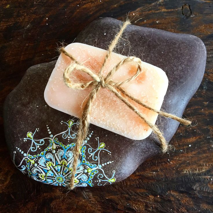 Mandala, soap stone, soap dish, painted rock, spa gift, nature art by TheEarthyChild on Etsy https://www.etsy.com/listing/493386449/mandala-soap-stone-soap-dish-painted