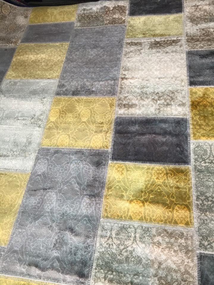 17 meilleures id es propos de tapis jaune sur pinterest tapis treillis tapis et chambres. Black Bedroom Furniture Sets. Home Design Ideas