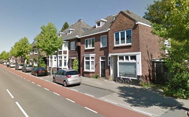 Oldenzaalsestraat | Landelijk gebied en kernen | Enschede (stad)  Woonruimte te huur in Landelijk gebied en kernen Enschede. Vanaf 01-05-2017 komt er een Woonhuis beschikbaar! Het heeft een oppervlakte van 137m2 6 kamer(s) en 4 slaapkamer(s). Het zal Gemeubileerd opgeleverd worden. De huurprijs is 1.295- per maand (exclusief). De borgsom bedraagt 1.295-. Matchen jouw woonwensen met deze woonruimte?  EUR 1295.00  Meer informatie