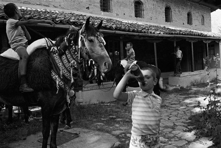 GREECE. Macedonia region. Siatista village. Orthodox celebrations during the Assumption day. August 15th, 1980.    © Nikos Economopoulos/Magnum Photos