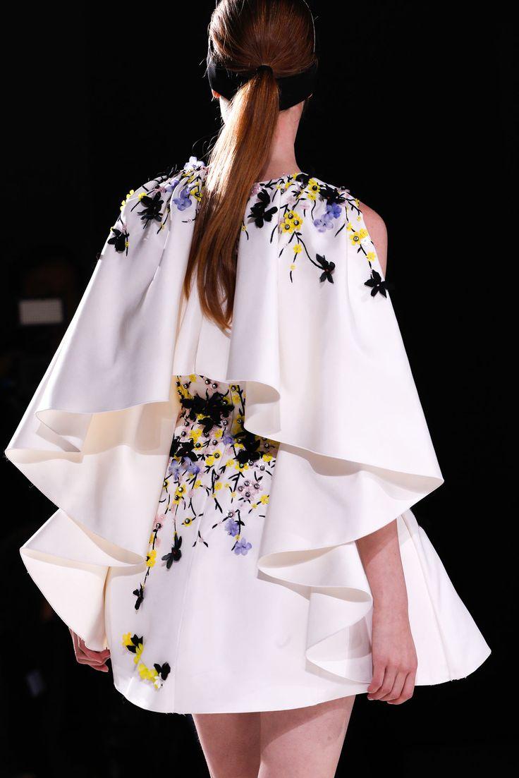 Giambattista Valli - Spring 2015 Couture - Look 61 of 102