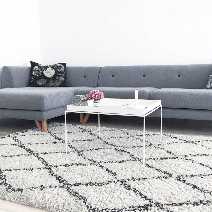 Vores elegante sofa E D D I E med chaiselong ♡  Find ham i tre skønne farver her:  http://dk.sofacompany.com/soegning?search=eddie