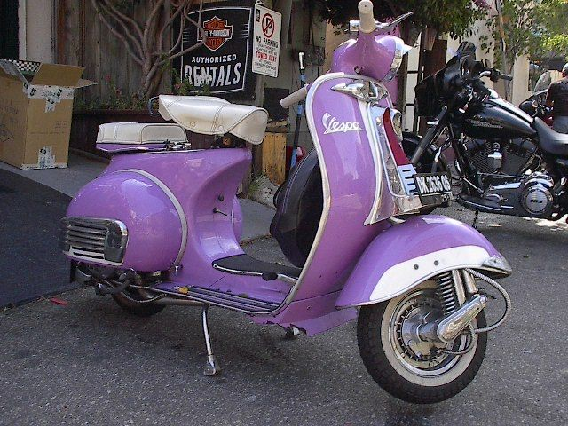 Purple Vespa   Stuff I'd like to get my wife   Pinterest