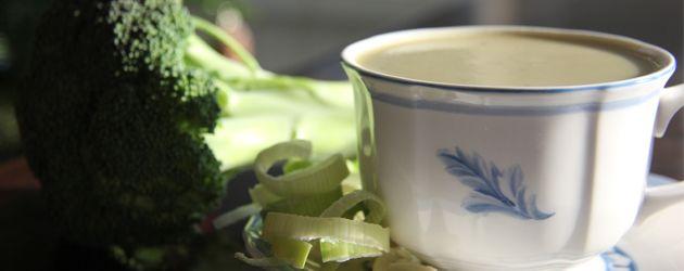 Crème de brocoli et poireau sans produits laitiers - Complètement poireau