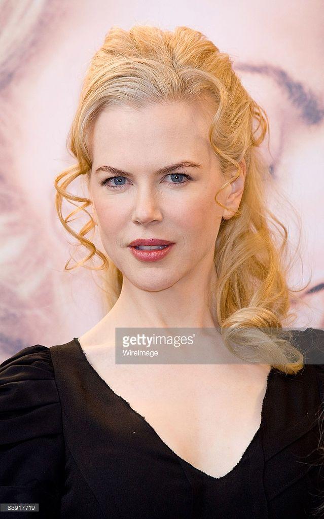 Actress Nicole Kidman attends 'Australia' photocall at Australian... News Photo | Getty Images