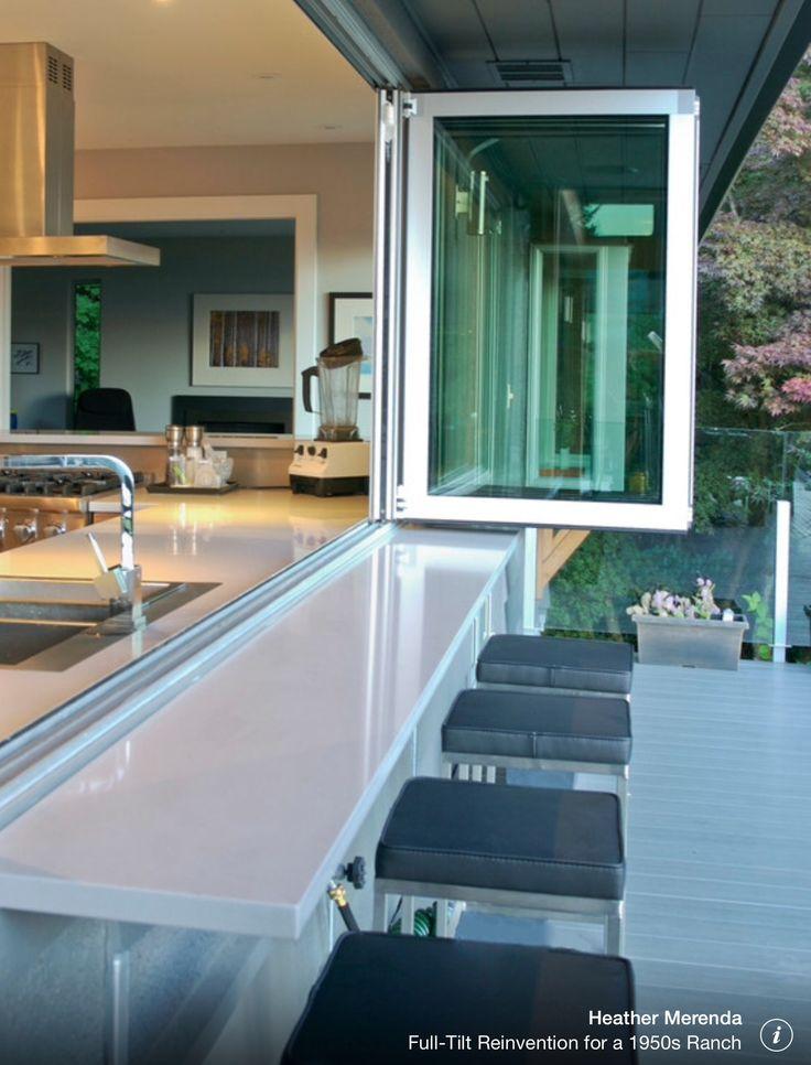 Barra de cocina. Linda ventana.