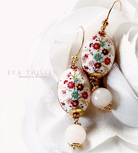 Love. Beautiful hand made hand appliqued polymer clay earrings. Made to order by Eva Thissen Gallery, via Flickr