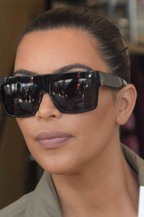 Benevolent Goddess Kim Kardashian Attends Fan S 21st