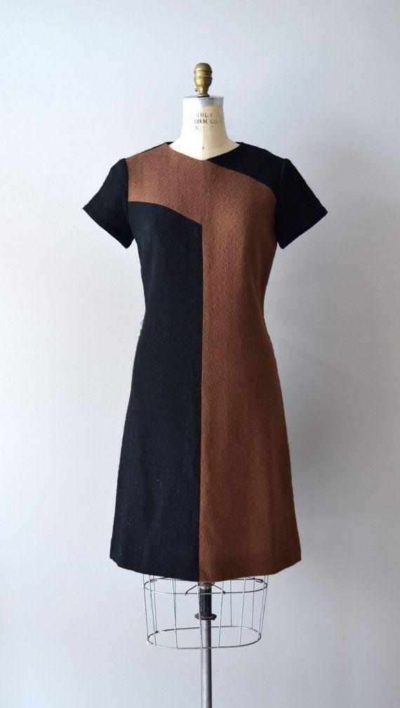 1960s dress / vintage 60s dress / Linear Language by DearGolden