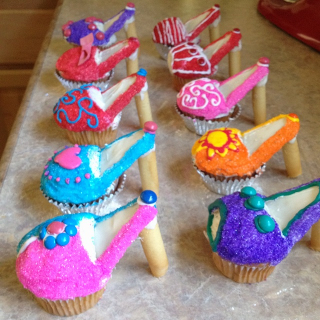 Totally awesome  high heal cupcakes!!