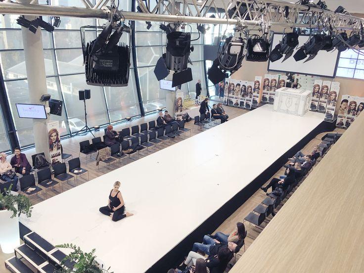 #oanapop #fashionshow #fashiondesigner #preparing