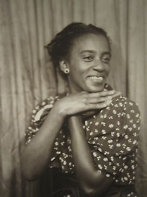 VINTAGE AFRICAN AMERICAN ARTISTIC HAND POSE PRETTY DRESS TRUE HAPPINESS PHOTO