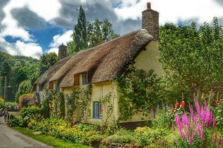 Oltre 25 fantastiche idee su cottage inglesi su pinterest for Piccoli disegni cottage