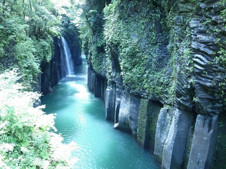 TAKACHIHO gorge,Miyazaki pref,JAPAN. Mysterious!!