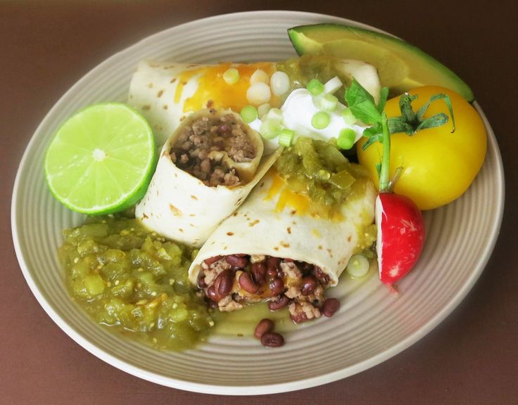 A classic Mexican dish with a Southern twist! The South's Best Burrito features ground beef and Margaret Holmes Fancy Tiny Field Peas.