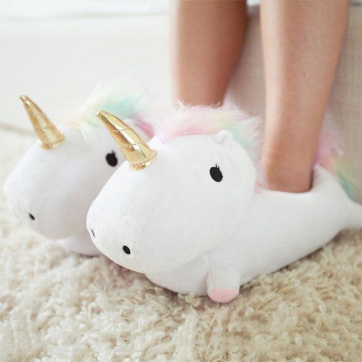 Lichtgevende eenhoornpantoffels als geweldig cadeau voor kleine en grote prinsessen, zodat het warm en licht wordt.