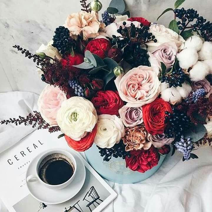 Perfect morning with flowers and coffee