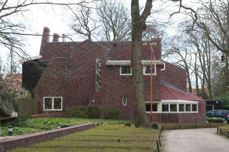 """Woonhuis 'De Bark"""" in Bergen, Noord Holland"""