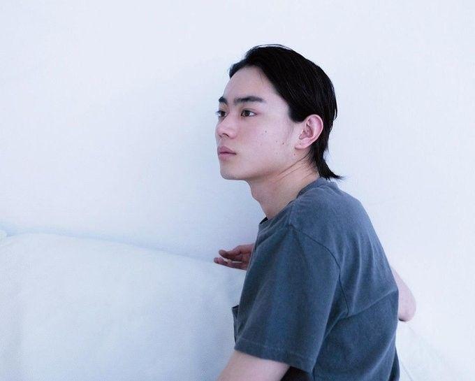 すだ・まさき 1993年、大阪府生まれ。'09年、ドラマで主演デビューして以来、『ごちそうさん』や『問題のあるレストラン』など話題のドラマに出演。主演映画『明烏』が5月16日公開に。