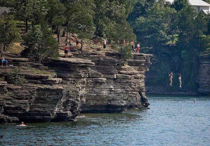 The 9 Best Day Trips From Memphis: Heber Springs, Arkansas