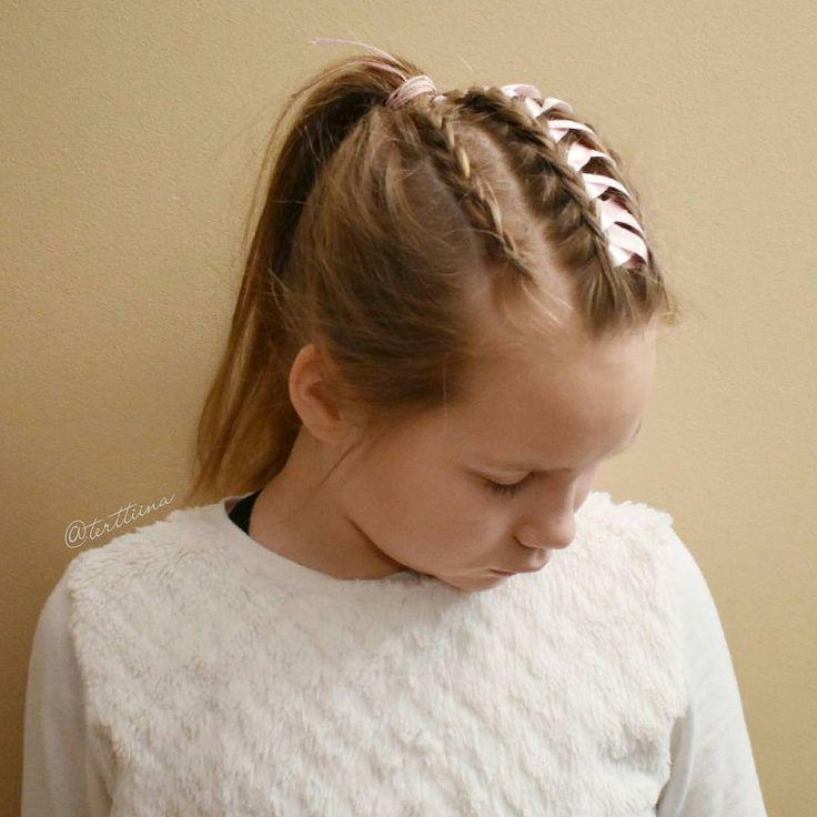 Small dutch and ribbon braids into a ponytail! #ribbonbraid #ponytail
