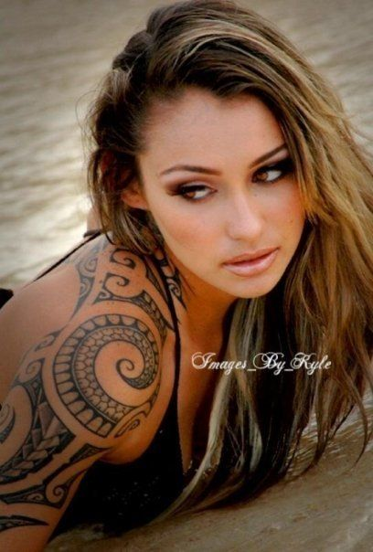 girl tribal tattoo - but i'd put in my own rendition of it. WANT A HALF SLEEVE SO  BAD