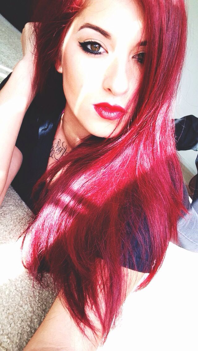 Manic panic vampire red pillarbox red Redhair hair diy dye red at home hair dye touch up