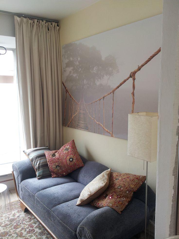 ich brauche nun doch zeitnah ein neues Sofa - soll ein Schlafsofa sein - und nicht so plüschig - easy maintenance halt - any suggestions !?