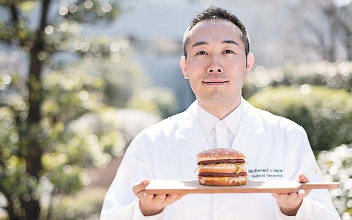 開発担当者が語る グランド ビッグマックの秘密。 「世界共通の味を 追求しています」 - おいしい!楽しい!バーガーのある毎日。
