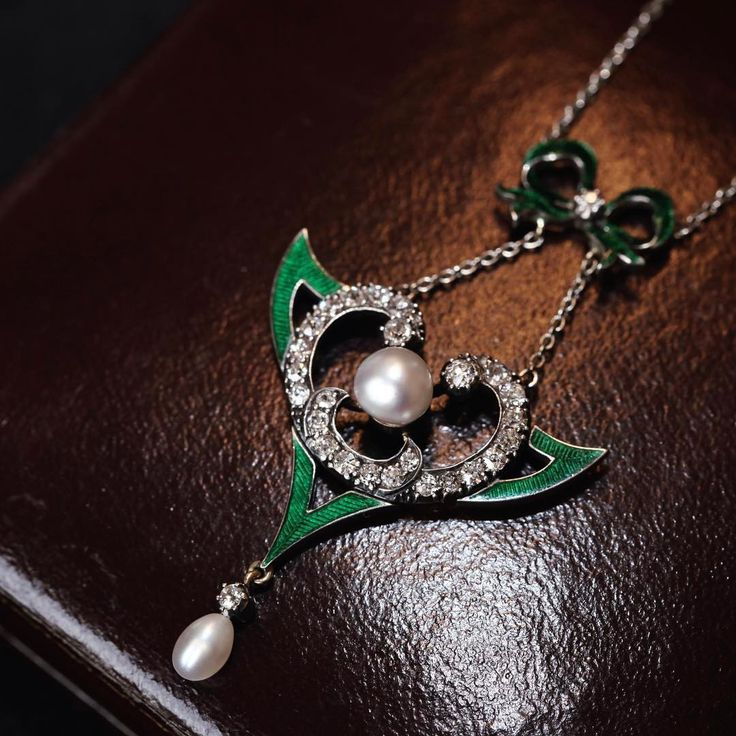 Art Nouveau natural pearl diamond enamel necklace