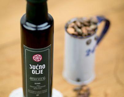 "Check out new work on my @Behance portfolio: ""Product Catalogue for Domačija Gora pod lipo"" http://on.be.net/1U1hjz9"