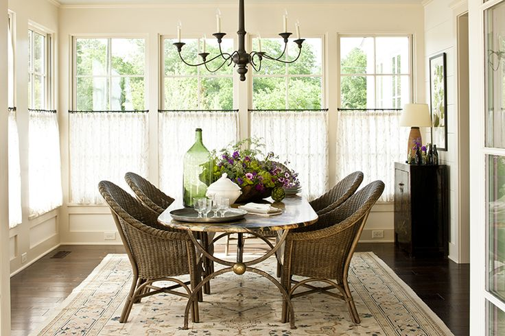 Love the curtains half-way up the window.  Very cozy breakfast room from Favorite Pins Friday! - Beneath My Heart