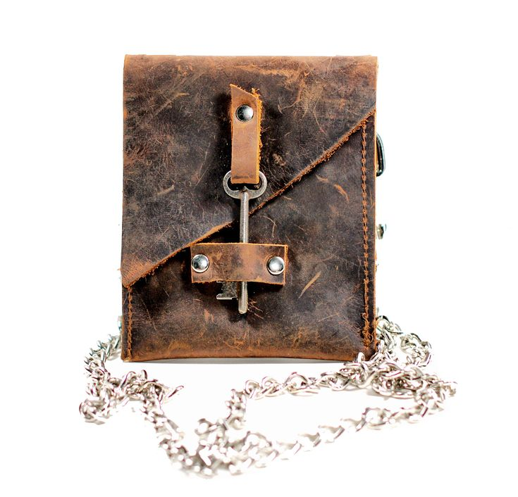 Leather Hip Bag – Waist Pouch with Antique Skeleton Key – Belted Wallet – Chain Wallet Fanny Pack – Hip Belt Wallet