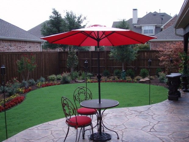 18 landscaping ideas for small backyards condo garden for Disenos de patios traseros