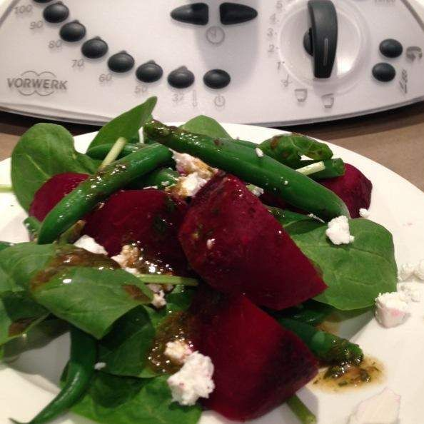 Recipe Beetroot, bean salad with basil vingaigrette by karen.buckley - Recipe of category Side dishes