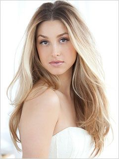 Whitney Eve Port, Absolutely gorgeous! We love the winter white look and her hair!!! :)