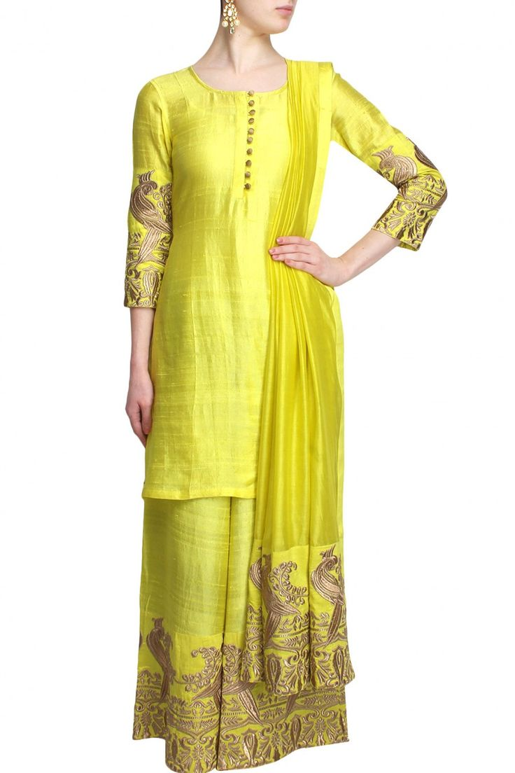 #perniaspopupshop #surendri #ethnic #clothing #shopnow #happyshopping