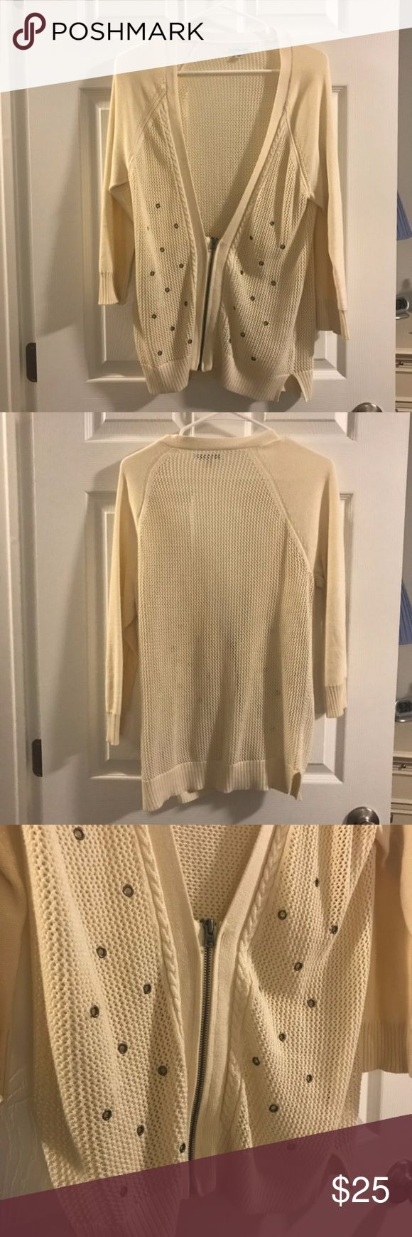 American Eagle Beige Zip Up Sweater Off white / beige colored American eagle sweater in excellent condition! Size large. Very soft and functional. American Eagle Outfitters Sweaters