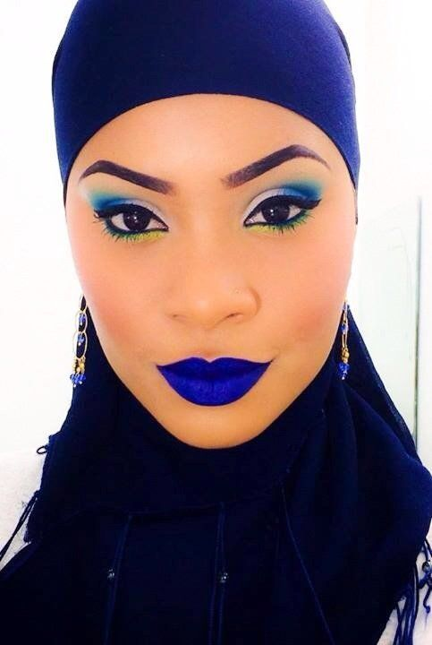 Blue lips on point :Meltcosmetics in DGAF blue lippies